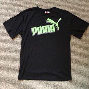 Puma T-shirt. Boys XL.